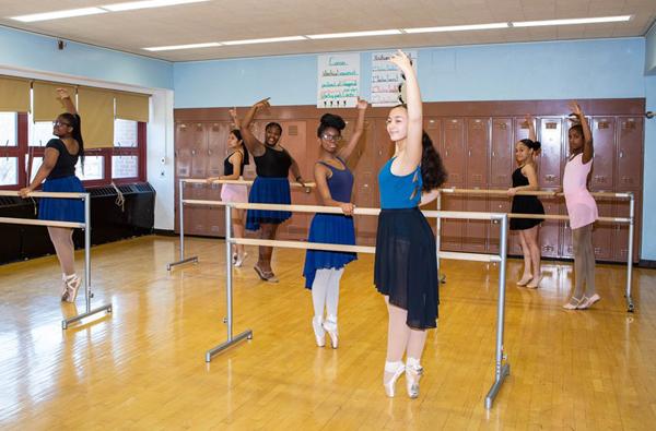 Ballet student dancers