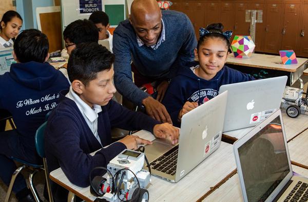 robotics class teacher help